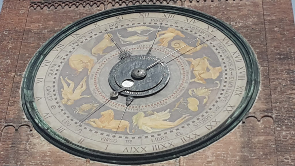 Astronomical Clock on Bell Tower Cremona Italy 20160417_162030