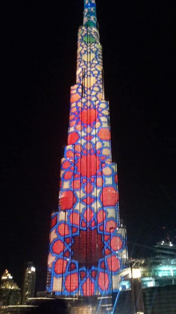 Burj Khalifa Light Show Dubai Mall UAE 20161211_221614