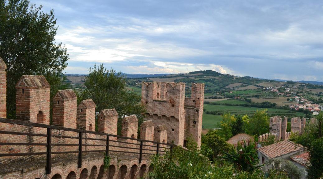 Featured Gradara Le Marche Italy DSC_0009