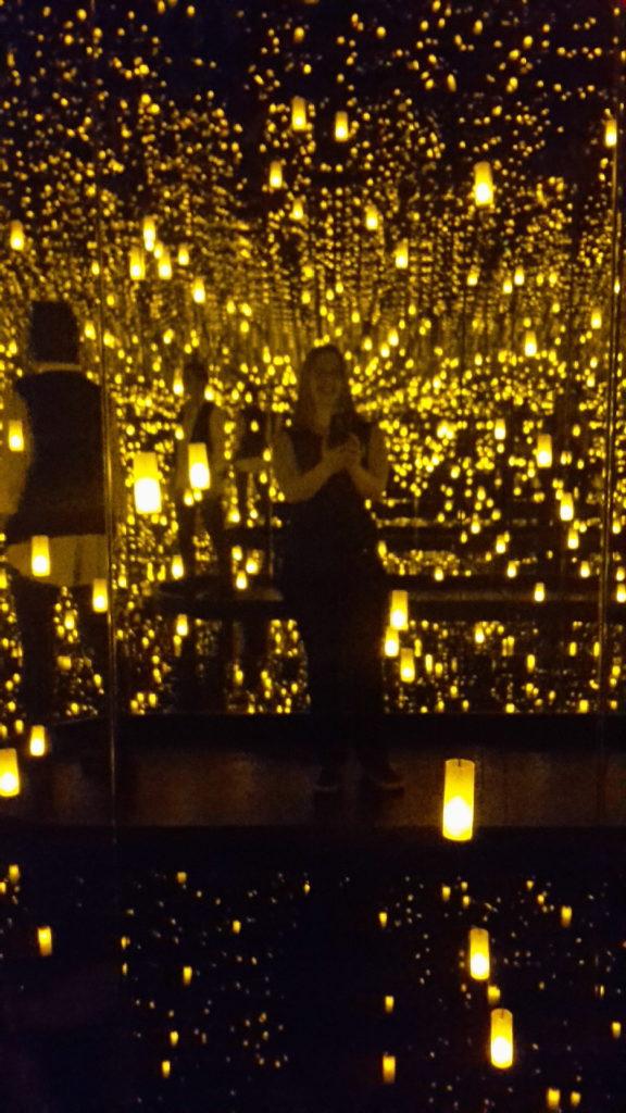 DC Infinity Mirror Room Aftermath of Obliteration of Eternity Kusama Exhibit Hirshhorn Museum Washington DC 20170503_133736