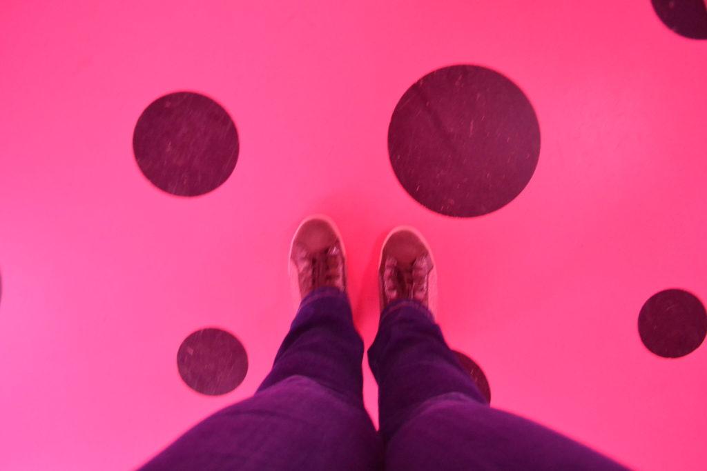 DC Infinity Mirror Room Love Transformed into Dots Kusama Exhibit Hirshhorn Museum Washington DC DSC_0274