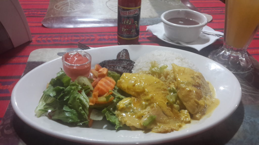 Hudut How to Eat Like a Local in Belize 20170508_190801