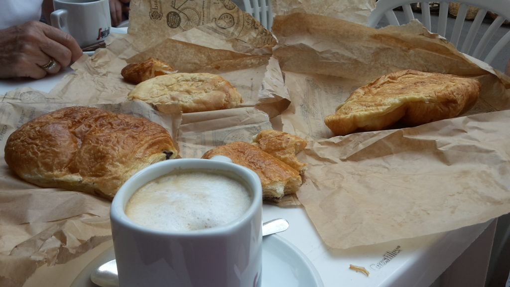 Market Breakfast Celebrating July 4th Abroad small town France 20150705_094445