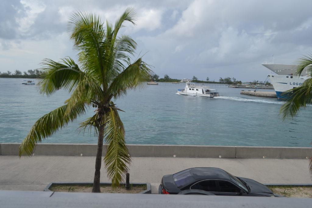 Lukka Kairi How to Spend One Day in Nassau Bahamas DSC_0354
