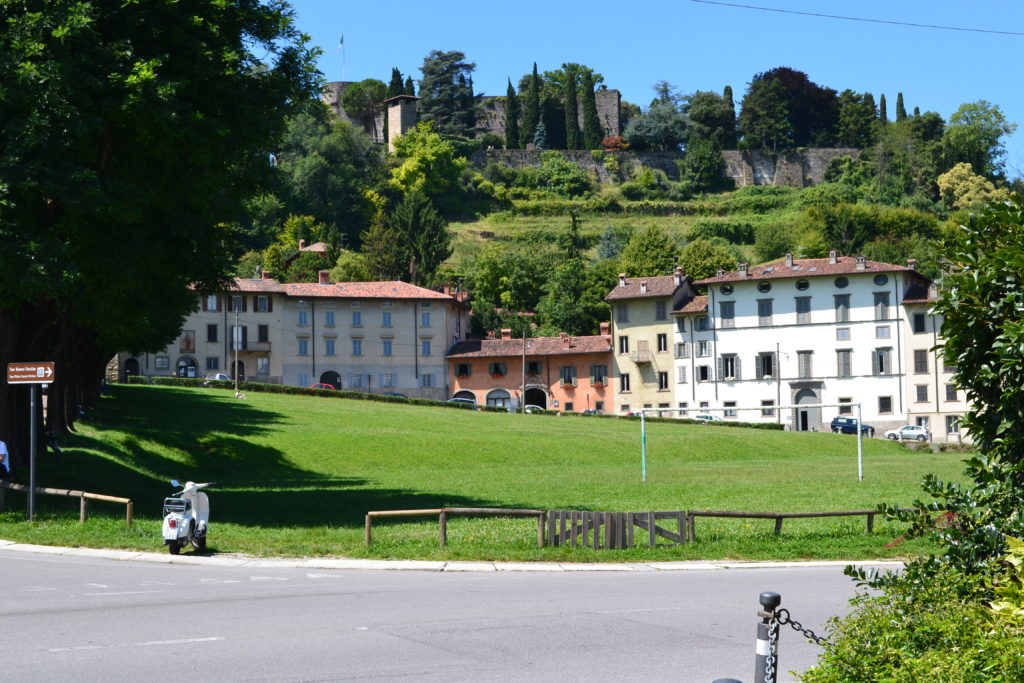 Featured Walking to the Citta' Alta How to Spend One Day in Bergamo Italy DSC_0348