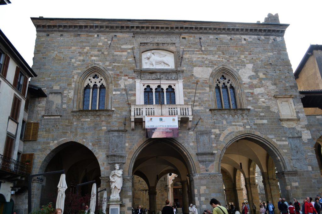 Palazzo della Ragione How to Spend One Day in Bergamo Italy DSC_0223 (2)