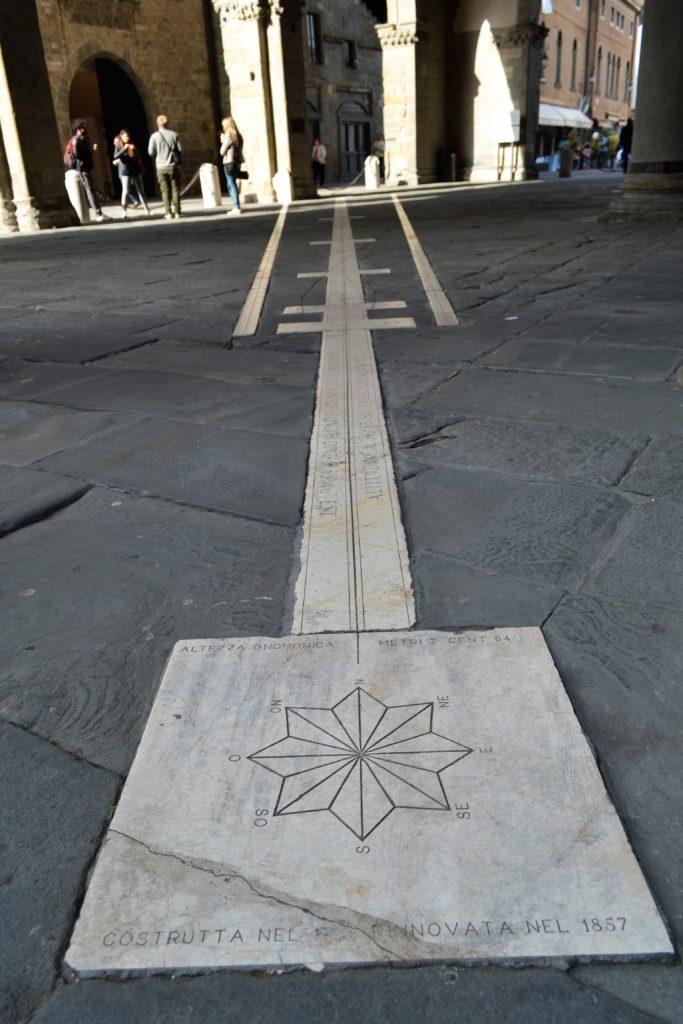 Palazzo della Ragione Sundial How to Spend One Day in Bergamo Italy DSC_0229 (2)