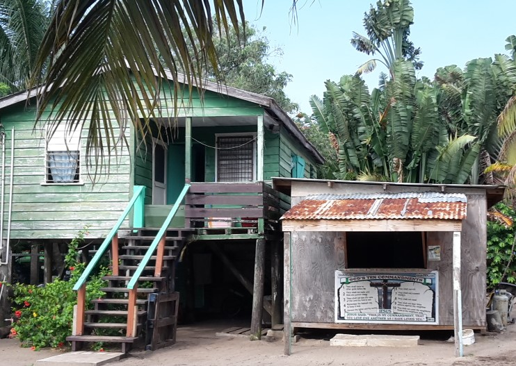 The Ten Commandments Things to Know About Belize Before You Go 20170515_080414 (2)